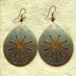 Boho style earrings.